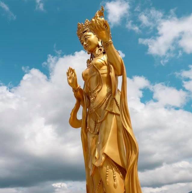 Estátua Budista Butão