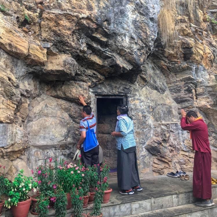 Padmasambhava Gruta Nepal